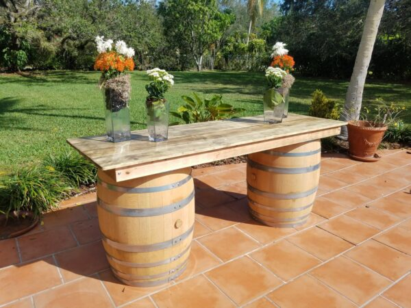 Whiskey barrel portable bar