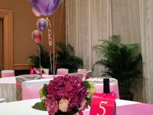 Flower Center Piece with Helium Balloon center piece